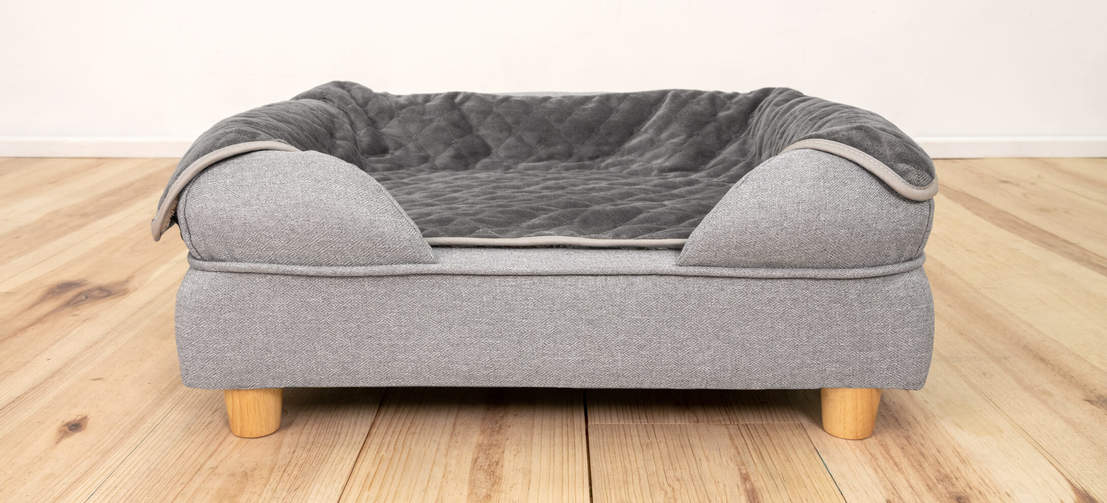 The timeless, stylish design of the Bolster Bed makes it a dog bed you will want to display in your home.