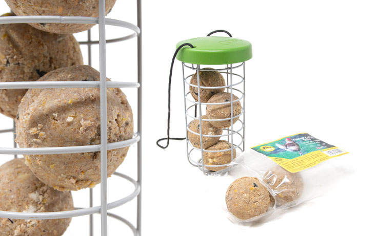 Feldy Chicken Pecker Balls have been designed for use with the Caddi Treat Holder and feature added calcium for stronger eggshells