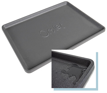 Omlet Fido Studio tray is waterproof and catches accidental spillages