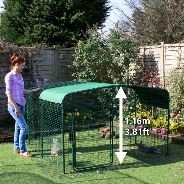 The Lo-Rise an Outdoor Rabbit Run with dimensions