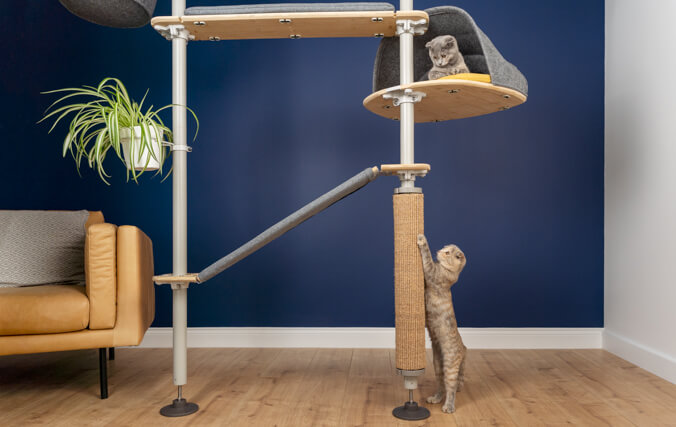 Space efficient cat tree can fit anywhere
